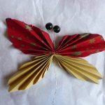 Schmetterling aus Altmaterial, Papier, Draht, Perlen
